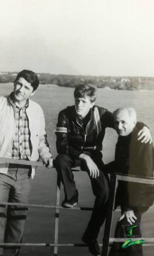 В.Є. Павлюченко із сином та онуком