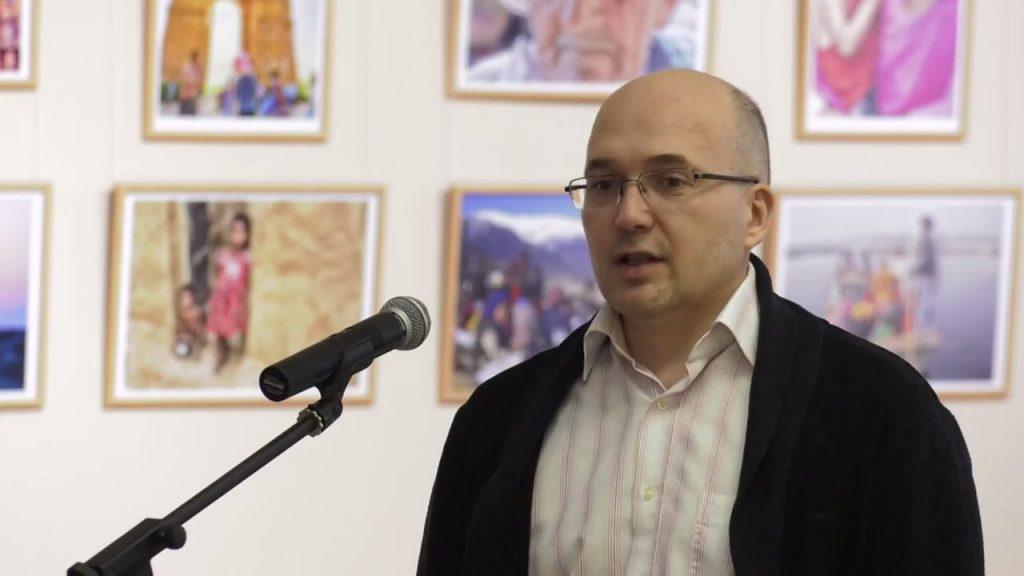 Геннадій Кравець, журналіст-міжнародник, автор фотосвітлин